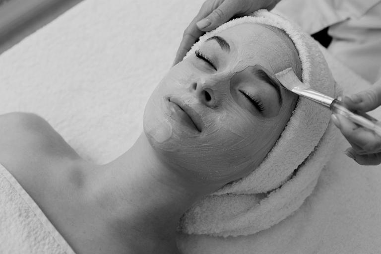 tratamiento facial, peluquería Margot